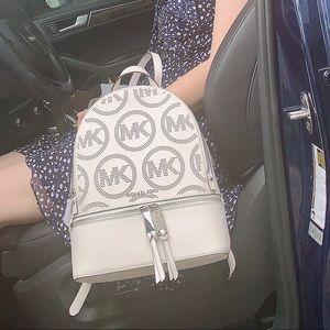 New MICHAEL KORS RHEA ZIP BACKPACK optic white